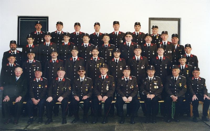 03-2000-mannschaft