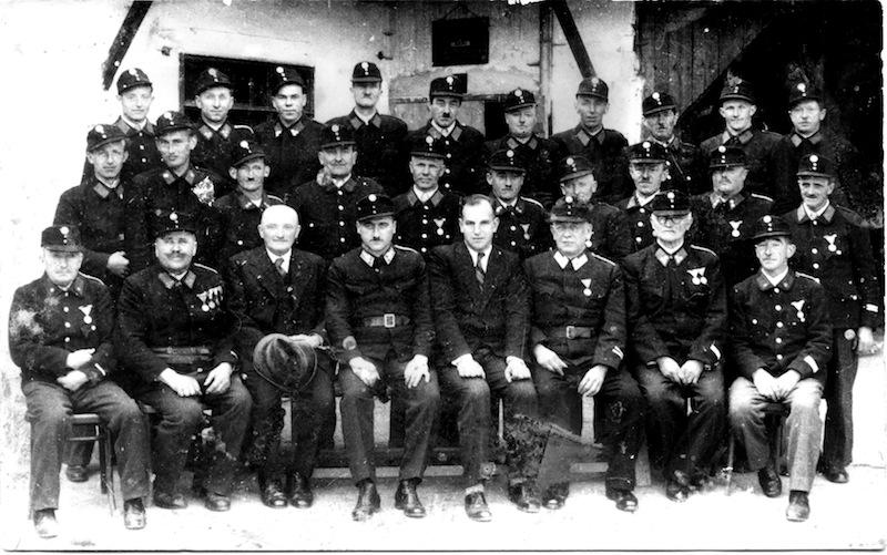 06-1951-mannschaft