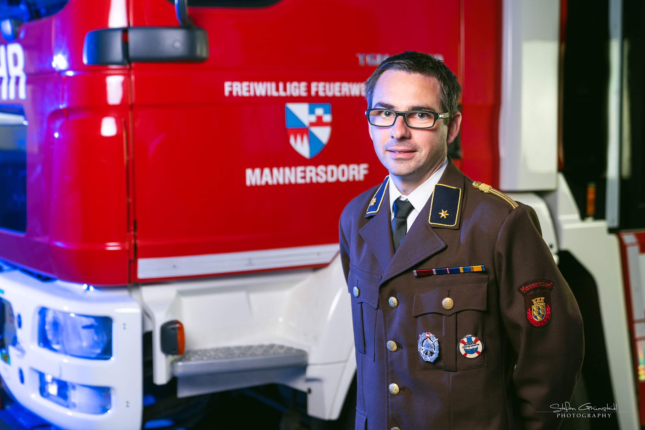 Emsenhuber Gerhard, V